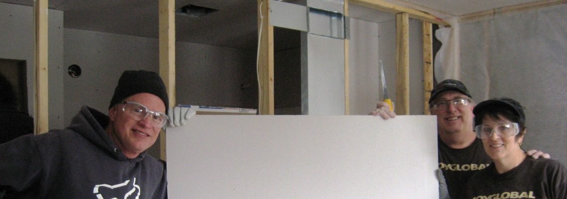 Joy Global, Community relations, Employees further progress on Habitat homes