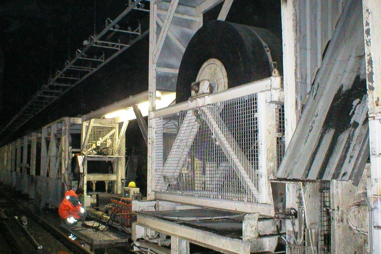 Joy, tunneling conveyors, belt winder, winch & belt clamp station